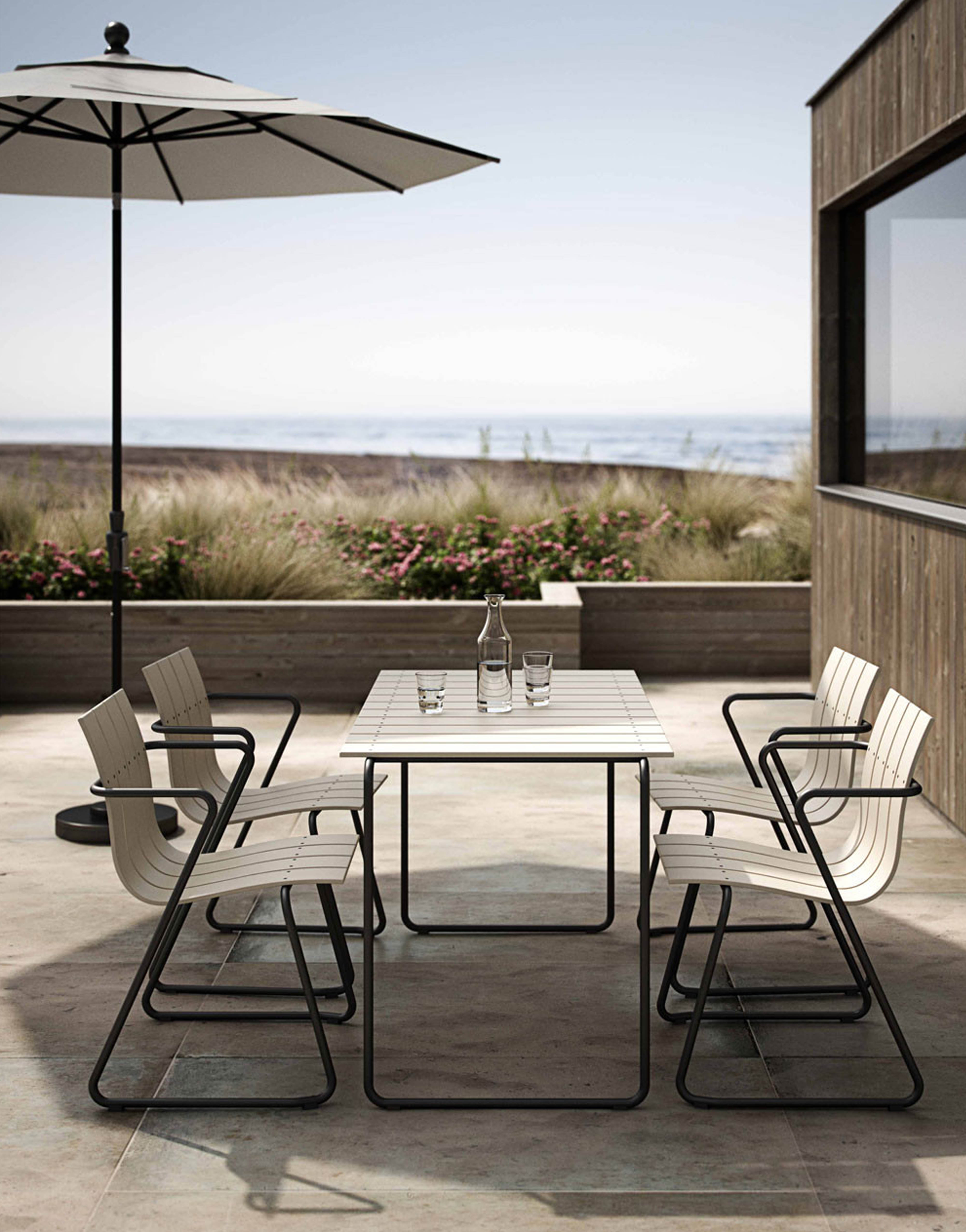 10 of the best outdoor dining sets4