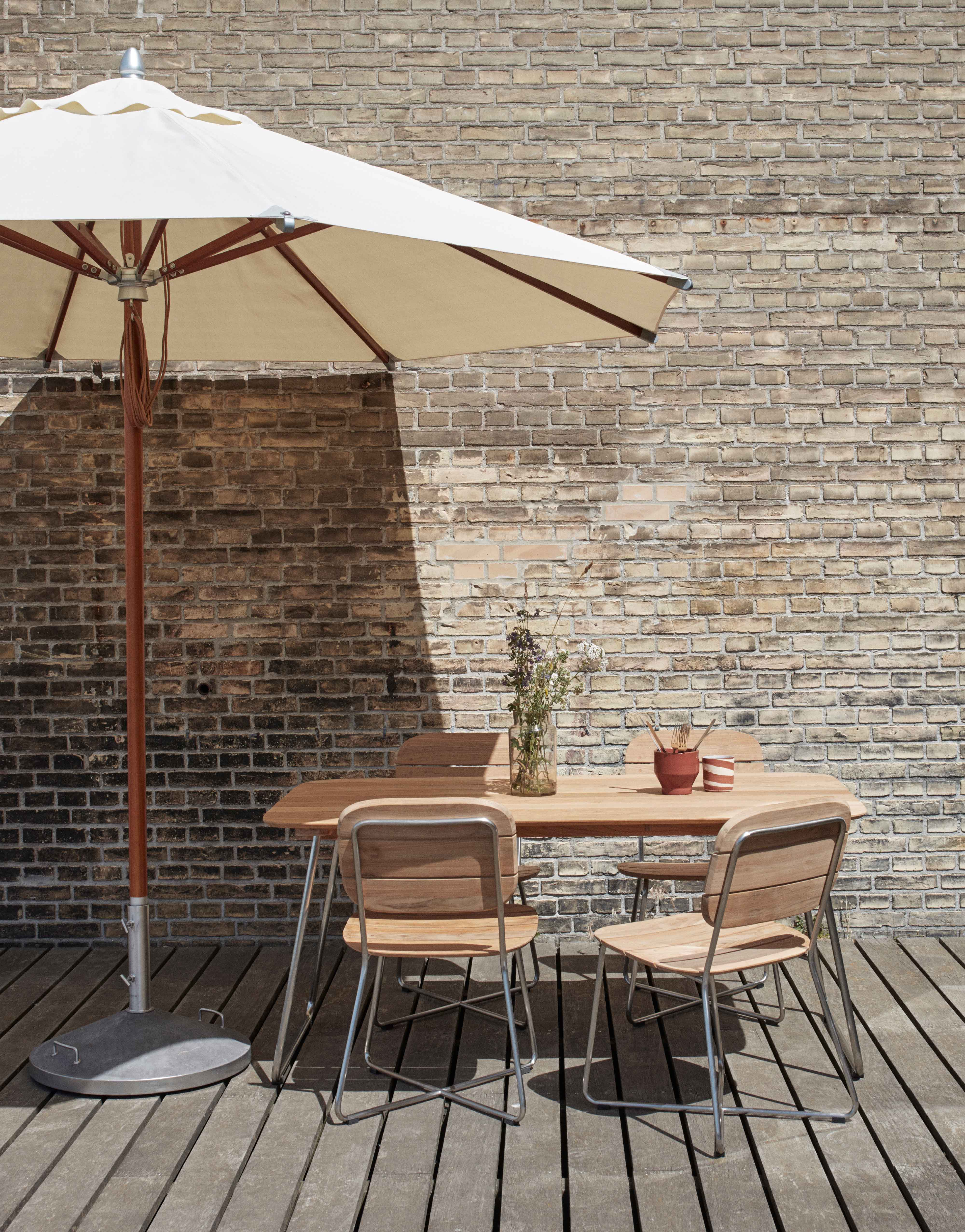 10 of the best outdoor dining sets7