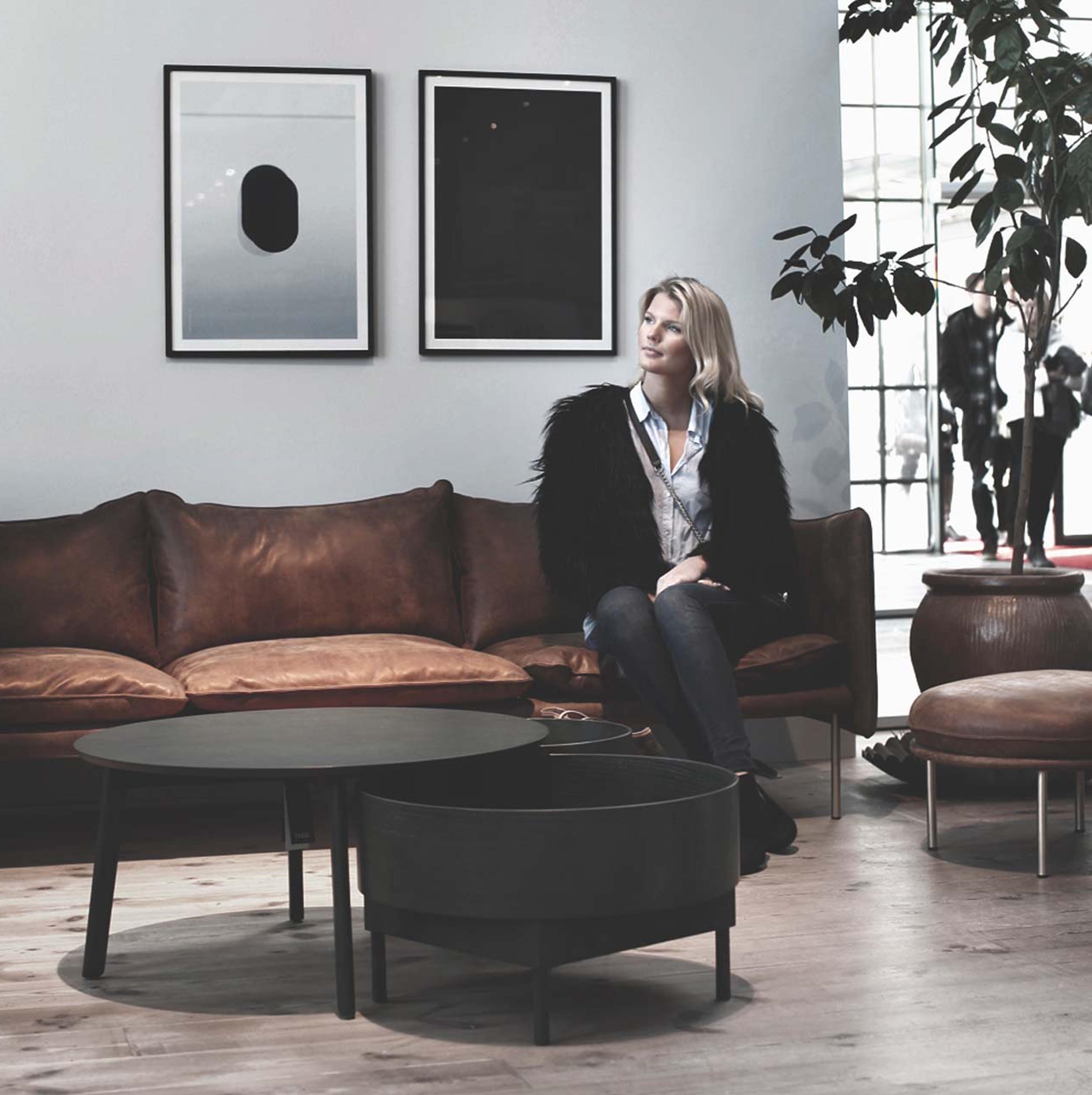 fogia-tiki-three-seater-sofa-leather-3