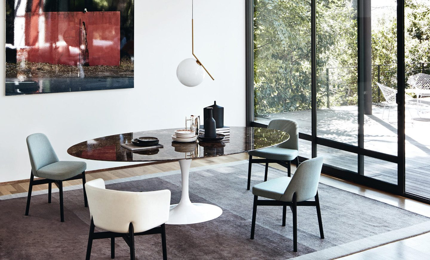 SAARINEN MARBLE DINING TABLE BY KNOLL