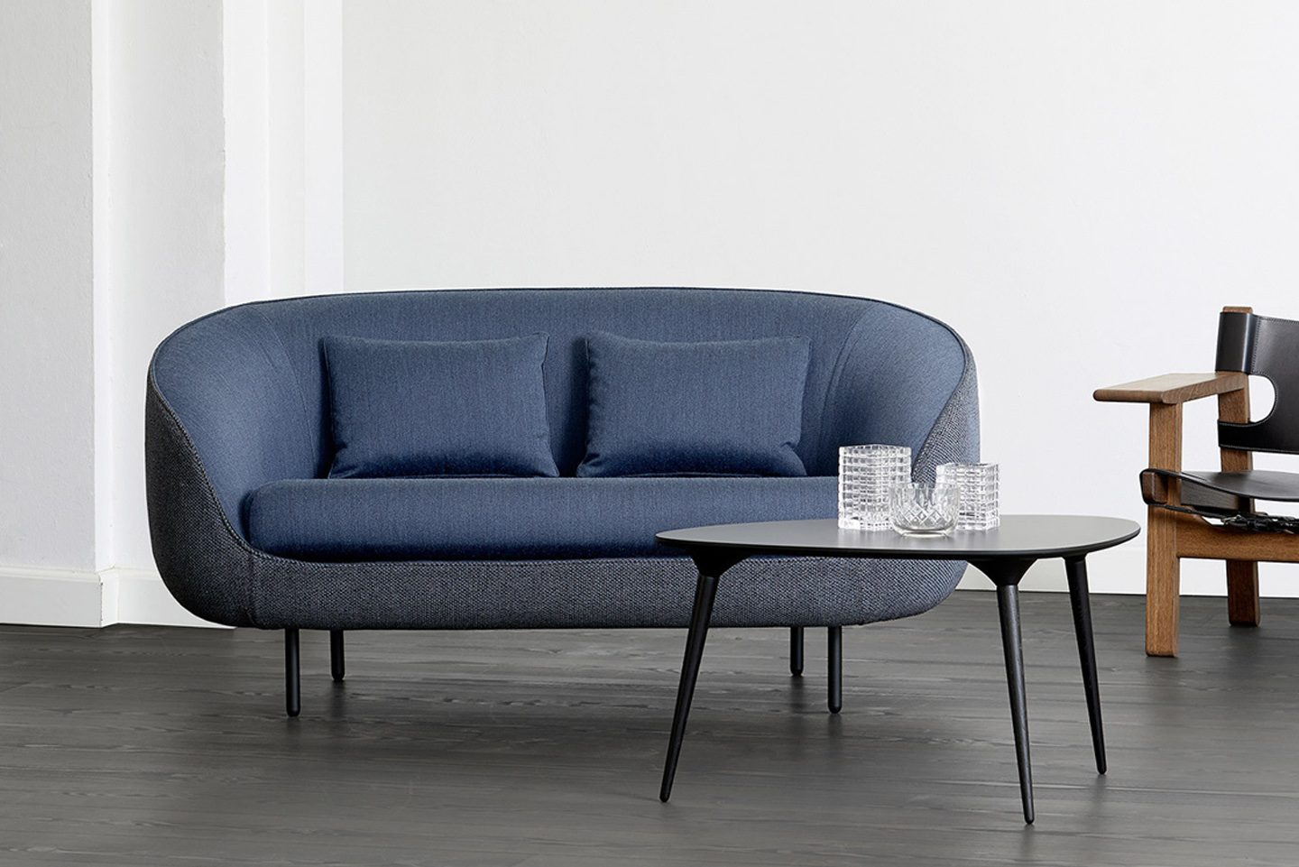 HAIKU TWO SEATER LOW SOFA BY FREDERICIA