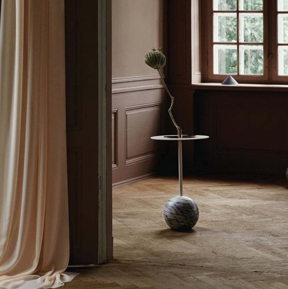 KNOCKOUT SIDE TABLE ROUND BASE BY FRIENDS & FOUNDERS