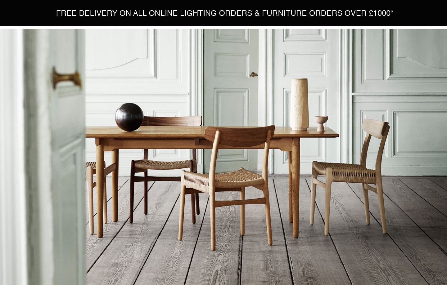 CH327 DINING TABLE BY CARL HANSEN - QUICKSHIP IN TIME FOR THE FESTIVE SEASON