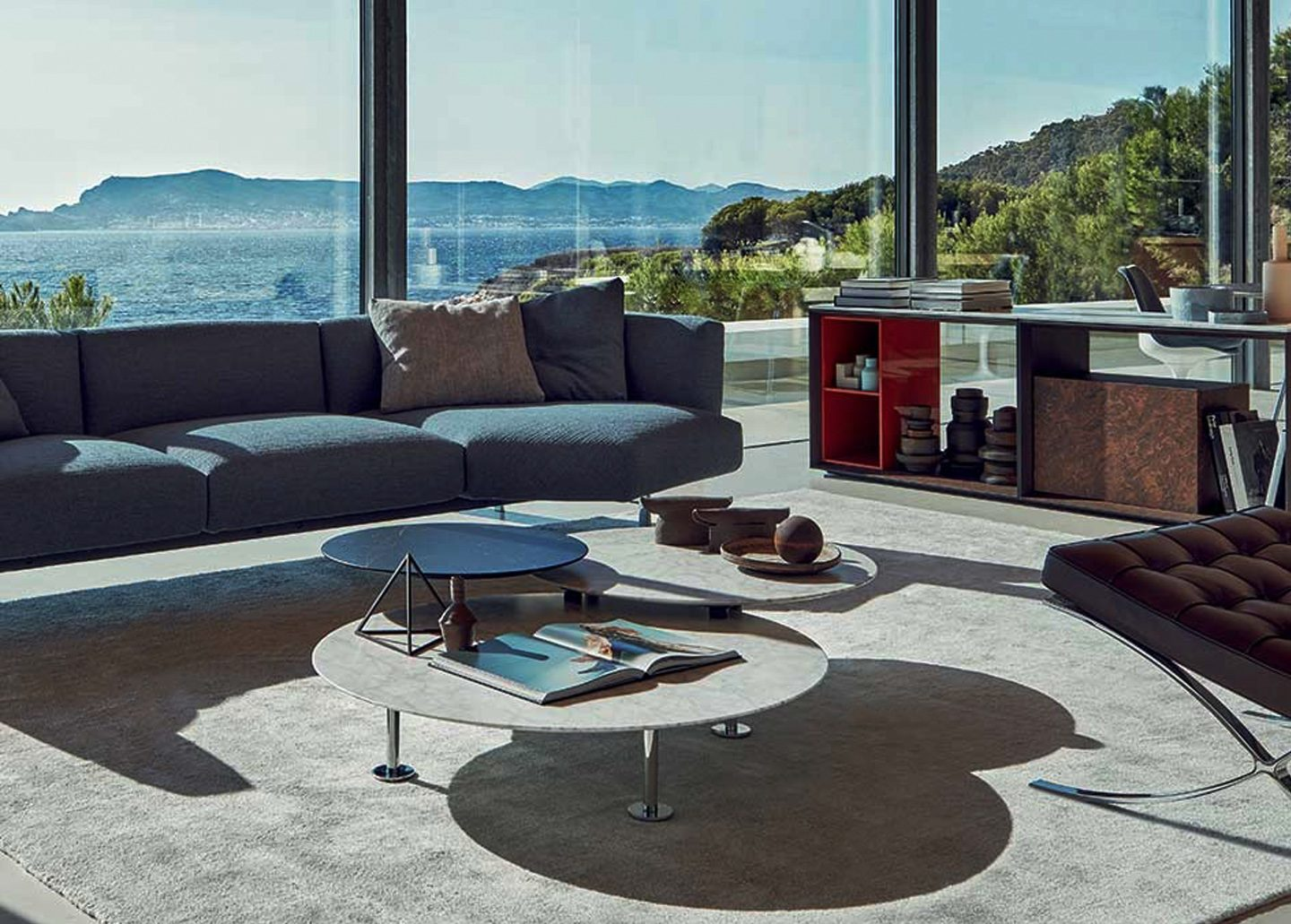 GRASSHOPPER LOW COFFEE TABLE BY KNOLL