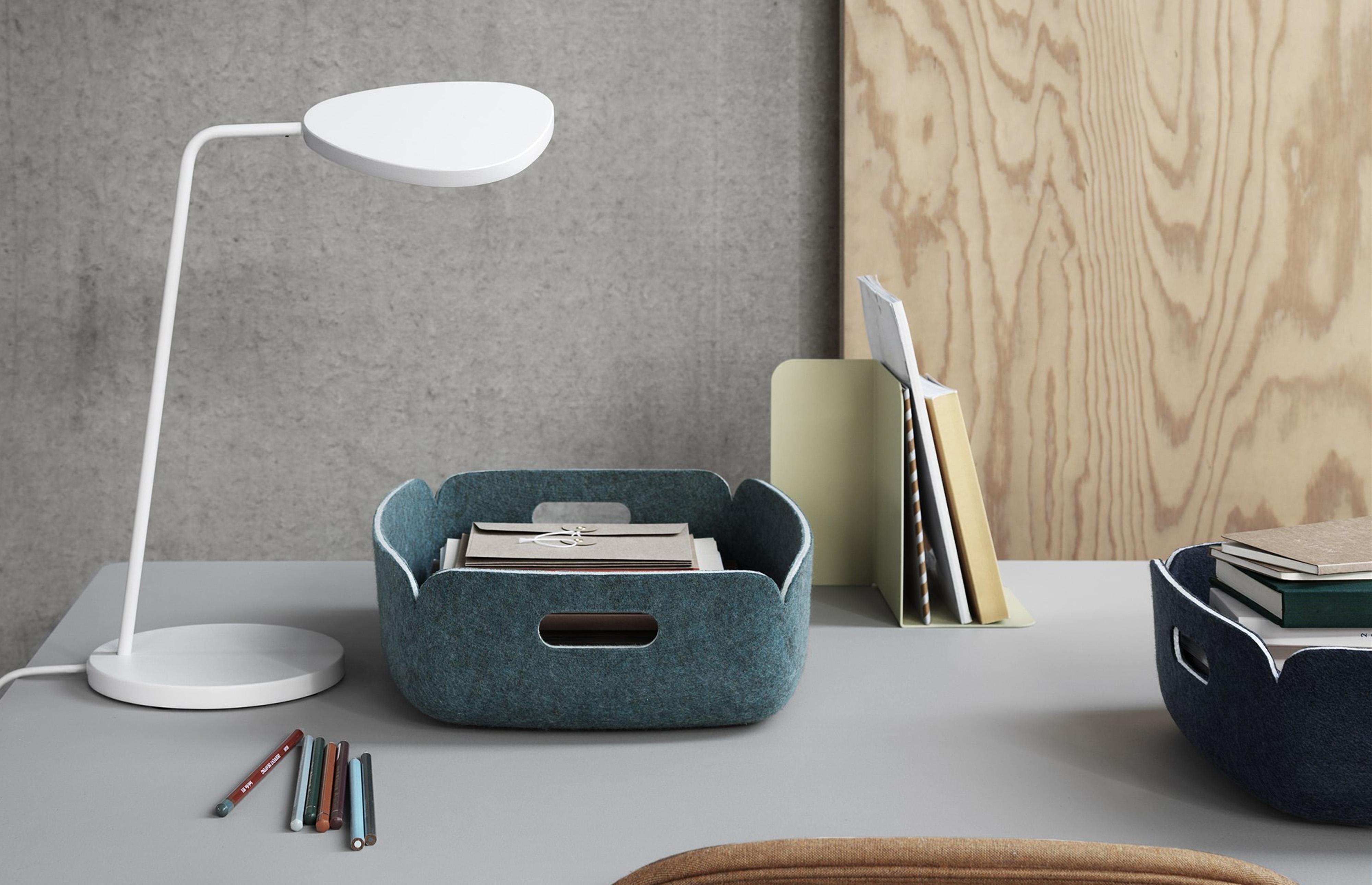 leaf-table-lamp-muuto
