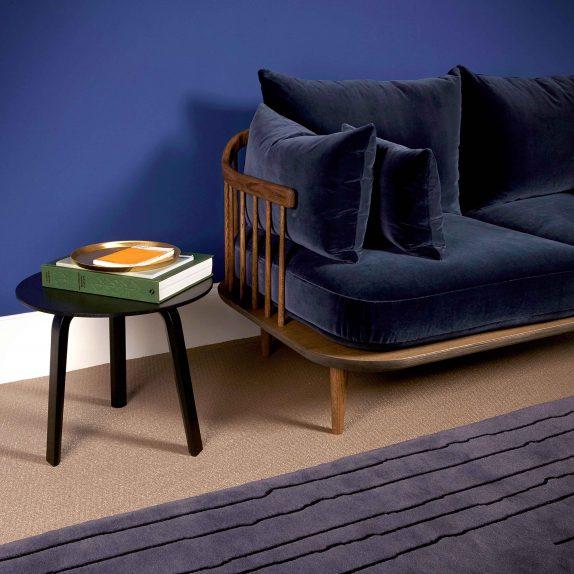 moleta-munro-showroom-chair