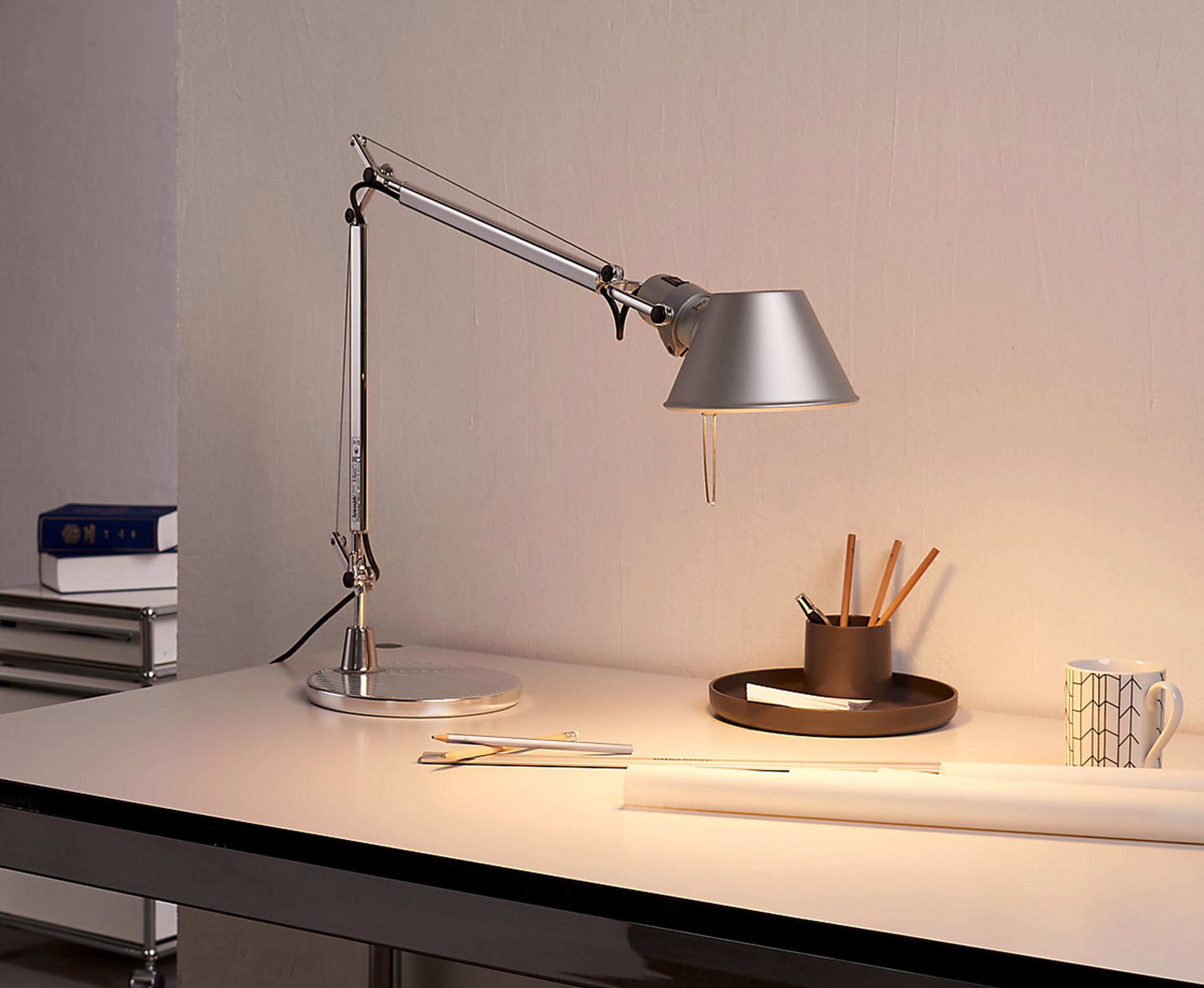 tolomeo-lamp-aluminium